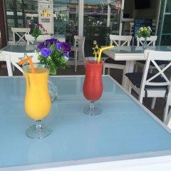 Отель Phuket Airport Suites & Lounge Bar - Club 96 Таиланд, Пхукет - отзывы, цены и фото номеров - забронировать отель Phuket Airport Suites & Lounge Bar - Club 96 онлайн бассейн фото 3