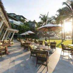 Отель The Shore at Katathani (только для взрослых) Пхукет гостиничный бар