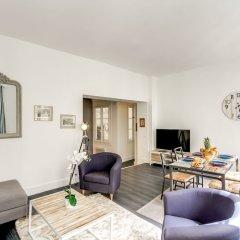 Отель Louvre - Saint Honore Area Apartment Франция, Париж - отзывы, цены и фото номеров - забронировать отель Louvre - Saint Honore Area Apartment онлайн комната для гостей фото 5