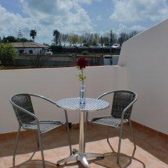 Отель Camping-Bungalows El Faro Испания, Кониль-де-ла-Фронтера - отзывы, цены и фото номеров - забронировать отель Camping-Bungalows El Faro онлайн балкон