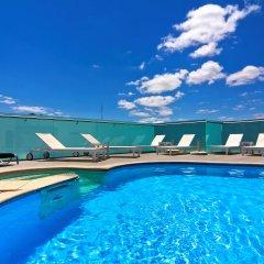 SANA Reno Hotel бассейн