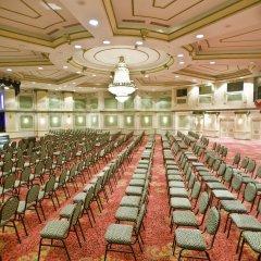 Crystal Sunrise Queen Luxury Resort & Spa Турция, Сиде - 1 отзыв об отеле, цены и фото номеров - забронировать отель Crystal Sunrise Queen Luxury Resort & Spa - All Inclusive онлайн помещение для мероприятий фото 2