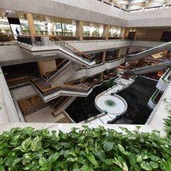 Guangdong Hotel бассейн