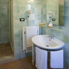 Отель Vila Bahia Италия, Нумана - отзывы, цены и фото номеров - забронировать отель Vila Bahia онлайн ванная