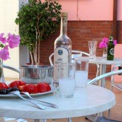 Отель Rodian Gallery Hotel Apartments Греция, Родос - 1 отзыв об отеле, цены и фото номеров - забронировать отель Rodian Gallery Hotel Apartments онлайн питание фото 3