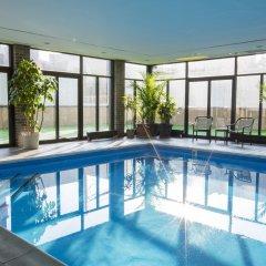 Отель Holiday Inn LaGuardia Airport США, Нью-Йорк - отзывы, цены и фото номеров - забронировать отель Holiday Inn LaGuardia Airport онлайн бассейн