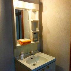 Отель Minshuku Yakushima - Hostel Япония, Якусима - отзывы, цены и фото номеров - забронировать отель Minshuku Yakushima - Hostel онлайн ванная фото 2