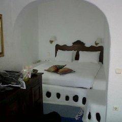 Отель Porto Fira Suites Греция, Остров Санторини - отзывы, цены и фото номеров - забронировать отель Porto Fira Suites онлайн сейф в номере