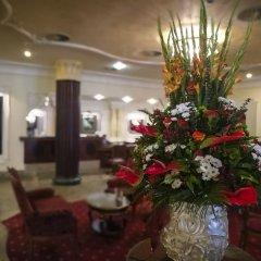 CARLSBAD PLAZA Medical Spa & Wellness hotel интерьер отеля