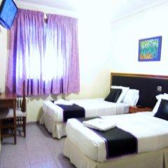 Отель Hostal Chelo Испания, Мадрид - 3 отзыва об отеле, цены и фото номеров - забронировать отель Hostal Chelo онлайн комната для гостей