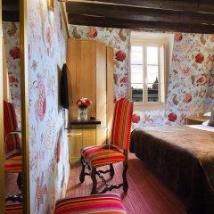 Отель Hôtel Saint Paul Rive Gauche сауна