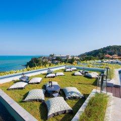 Отель Amatara Wellness Resort Таиланд, Пхукет - отзывы, цены и фото номеров - забронировать отель Amatara Wellness Resort онлайн балкон