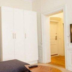 Отель ApartDirect Gamla Stan II Стокгольм удобства в номере фото 2