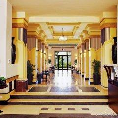 Отель Azerai La Residence, Hue интерьер отеля фото 3