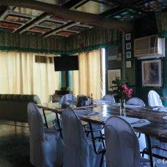 Отель Ponce Suites Gallery Hotel Филиппины, Давао - отзывы, цены и фото номеров - забронировать отель Ponce Suites Gallery Hotel онлайн помещение для мероприятий