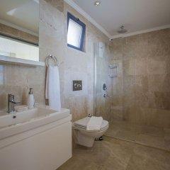 Villa Merak Турция, Калкан - отзывы, цены и фото номеров - забронировать отель Villa Merak онлайн ванная фото 2