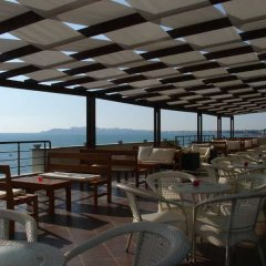 As Hotel Голем гостиничный бар