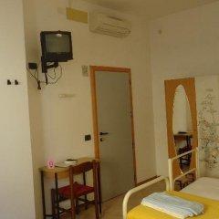 Отель L&V Италия, Римини - отзывы, цены и фото номеров - забронировать отель L&V онлайн комната для гостей фото 3