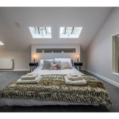 Отель Modern, Stunning and Elegant 2 Bedroom Apt for 4 комната для гостей фото 4