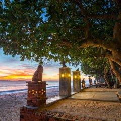 Отель Lanta Sand Resort & Spa пляж