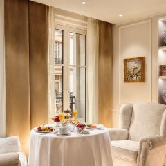 Отель Hôtel Splendide Royal Paris в номере