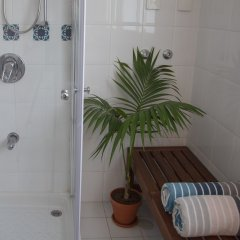 CTLV - Spinoza 7a Израиль, Тель-Авив - отзывы, цены и фото номеров - забронировать отель CTLV - Spinoza 7a онлайн ванная фото 2