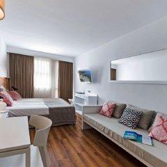 Отель Aparthotel Ponent Mar Испания, Пальманова - 1 отзыв об отеле, цены и фото номеров - забронировать отель Aparthotel Ponent Mar онлайн комната для гостей фото 5