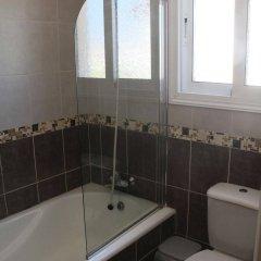 Отель Maricosta Villas Кипр, Протарас - отзывы, цены и фото номеров - забронировать отель Maricosta Villas онлайн ванная