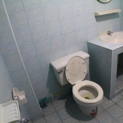 Отель Mid Town Inn ванная