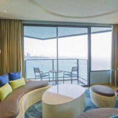 Отель Holiday Inn Pattaya, an IHG Hotel Таиланд, Паттайя - отзывы, цены и фото номеров - забронировать отель Holiday Inn Pattaya, an IHG Hotel онлайн комната для гостей фото 2