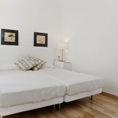 Отель Flateli Roger Испания, Барселона - отзывы, цены и фото номеров - забронировать отель Flateli Roger онлайн комната для гостей фото 2