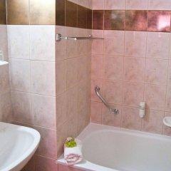 Отель Majerik Hotel Венгрия, Хевиз - 2 отзыва об отеле, цены и фото номеров - забронировать отель Majerik Hotel онлайн ванная