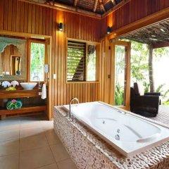 Отель Namale The Fiji Islands Resort & Spa Савусаву ванная фото 2