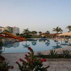 Royal Pharaoh Makadi - Hotel & Resort бассейн фото 3