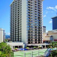 Отель Waikiki Beachcomber by Outrigger городской автобус