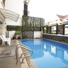 Bhiman Inn Hotel бассейн фото 3
