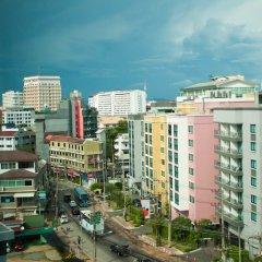 Отель Signature Pattaya Hotel Таиланд, Паттайя - отзывы, цены и фото номеров - забронировать отель Signature Pattaya Hotel онлайн балкон