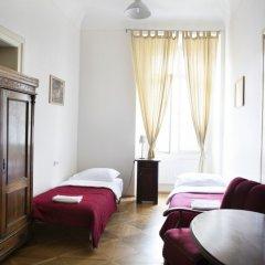Little Town Budget Hotel Прага комната для гостей фото 4