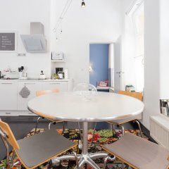 Апартаменты Hip Apartment At The Belvedere Castle - Streetview Wien Вена в номере фото 2