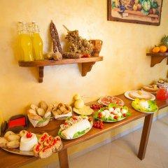 Отель Haidi House Bed and Breakfast Аджерола питание фото 3