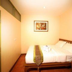 Отель Siamese Views Lodge Бангкок сейф в номере