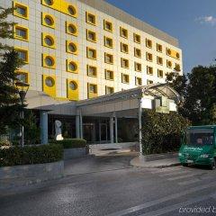 Отель Holiday Inn Athens Attica Av. Airport West городской автобус