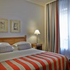 Отель Royal Hotel Paris Champs Elysées Франция, Париж - отзывы, цены и фото номеров - забронировать отель Royal Hotel Paris Champs Elysées онлайн комната для гостей фото 2