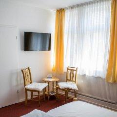 Hotel Deutsches Haus Нортейм комната для гостей