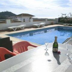 Отель Villa in Blanes - 104831 by MO Rentals Испания, Бланес - отзывы, цены и фото номеров - забронировать отель Villa in Blanes - 104831 by MO Rentals онлайн бассейн
