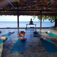 Отель Anahata Resort Samui (Old The Lipa Lovely) Таиланд, Самуи - отзывы, цены и фото номеров - забронировать отель Anahata Resort Samui (Old The Lipa Lovely) онлайн фитнесс-зал фото 4