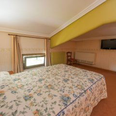 Hotel Artaza комната для гостей