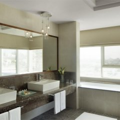 Отель Jumeira Rotana ванная фото 2