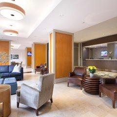 Отель Pacific Gateway Hotel Канада, Ричмонд - отзывы, цены и фото номеров - забронировать отель Pacific Gateway Hotel онлайн интерьер отеля