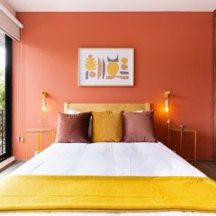 Отель Colorful and Artsy 3BR 2BA Apt in Roma Norte Мехико комната для гостей фото 2